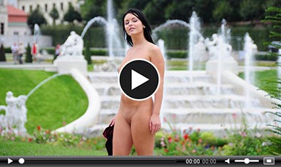 nude in public videos of jarka preview